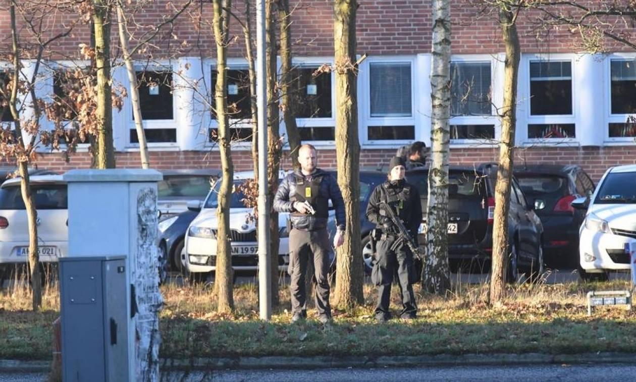 Συναγερμός στη Δανία – Ένοπλη επίθεση σε αστυνομικό τμήμα στην Κοπεγχάγη