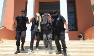 Εκδίδονται στην Τουρκία οι τρεις από τους οκτώ στρατιωτικούς