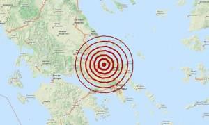 Σεισμός ΤΩΡΑ: Πετάχτηκαν από τα σπίτια τους στη Χαλκίδα