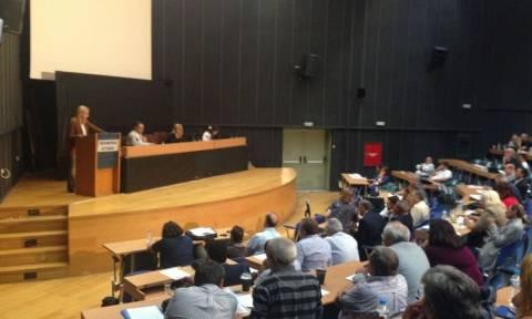 Επεισοδιακή η συνεδρίαση του Περιφερειακού Συμβουλίου Αττικής για τα απόβλητα!