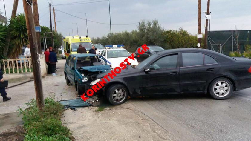 Σοβαρό τροχαίο με τραυματίες στην Κορινθία - Στο ένα Ι.Χ επέβαινε ο Ρένος Χαραλαμπίδης