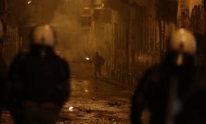 Επέτειος Γρηγορόπουλου: Νύχτα κόλασης έζησε η Αθήνα - Ταραχές σε όλες τις μεγάλες πόλεις (pics+vid)