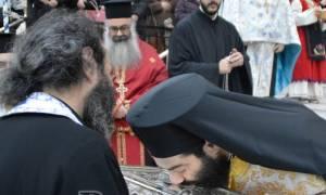 Τα Ιερά Λείψανα του Αγίου Ευαγγελιστού Λουκά στο Πέραμα