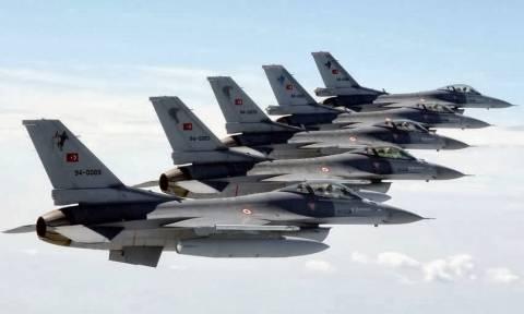 Συναγερμός στο Αιγαίο: Δύο εικονικές αερομαχίες και σωρεία παραβιάσεων από τουρκικά μαχητικά
