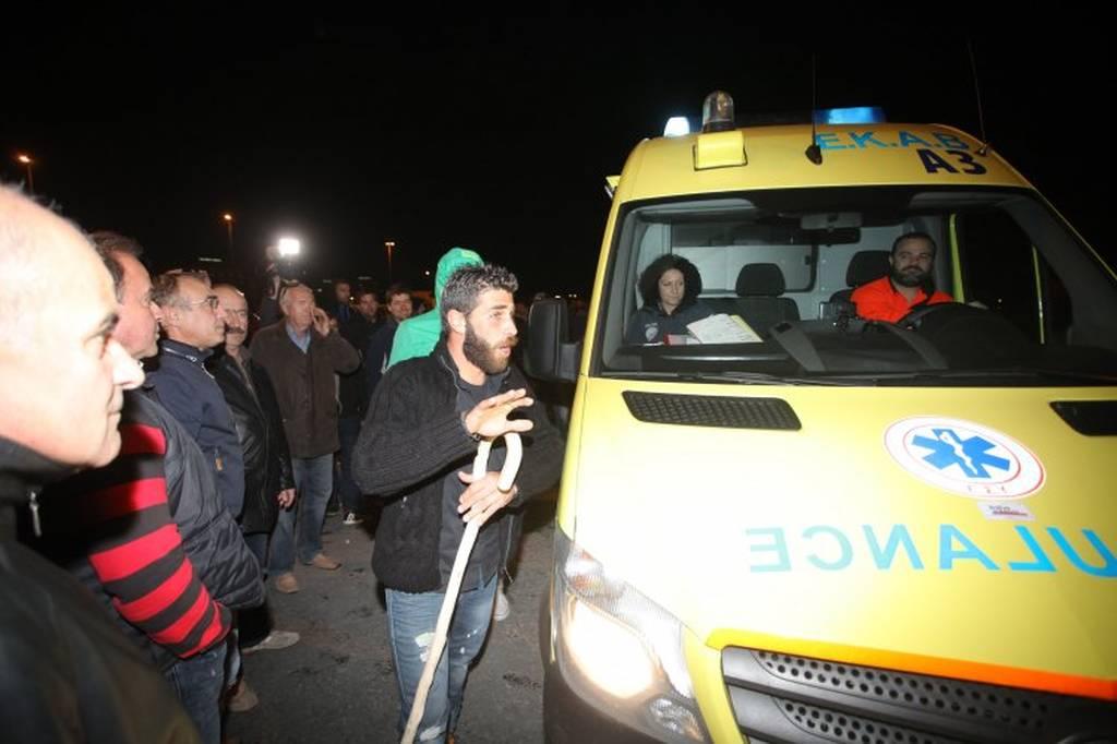 Απεργία ΠΝΟ: Σκηνικό πολέμου στο Ηράκλειο - Μάχη αγροτών με ναυτεργάτες (vid)