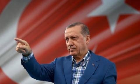 Τουρκία: «Λάου λάου» όλες οι εξουσίες πάνω στον Ερντογάν
