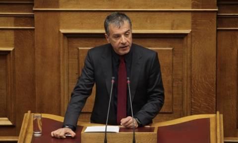 Προϋπολογισμός - Θεοδωράκης: Ημιτελές χριστουγεννιάτικο παραμύθι το ότι η οικονομία πάει καλά(vid)