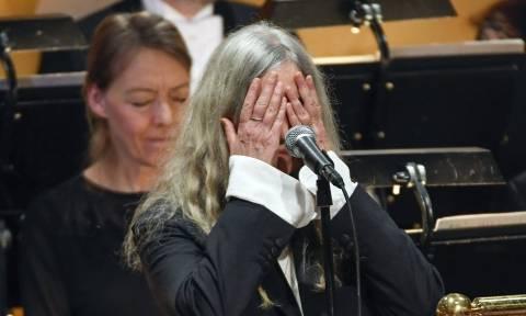 Νόμπελ Λογοτεχνίας: «Τρέλανε» πάλι τους Σουηδούς ο Μπομπ Ντίλαν – Δείτε ολόκληρη την τελετή (Vid)