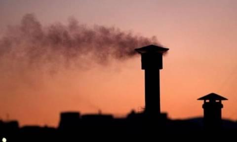 ΠΡΟΣΟΧΗ: Το Υπουργείο Περιβάλλοντος συστήνει να μην ανάψουν τζάκια