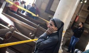 Θρήνος στην Αίγυπτο: Στους 25 οι νεκροί από τη βομβιστική επίθεση σε χριστιανική εκκλησία (Pics)