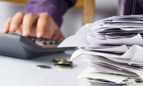 Έρχονται νέα απανωτά φορο-σοκ: Τι χάνεται, τι καταργείται - «Απαιτητή» η μείωση του αφορολόγητου