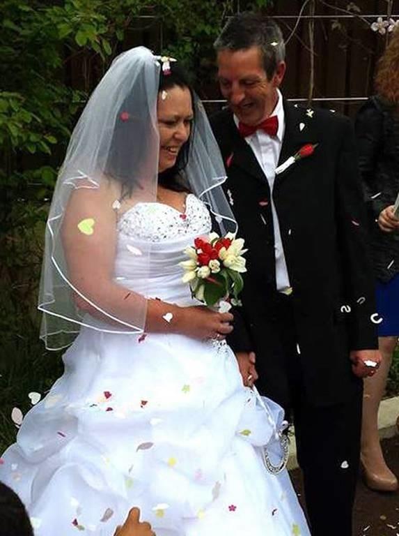 ΣΟΚ: Ανακάλυψε δύο μήνες μετά το γάμο ότι ο άντρας της είναι… (pics)