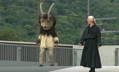 Σατανιστική τελετή στα εγκαίνια της μεγαλύτερης σήραγγας στον κόσμο; (video)