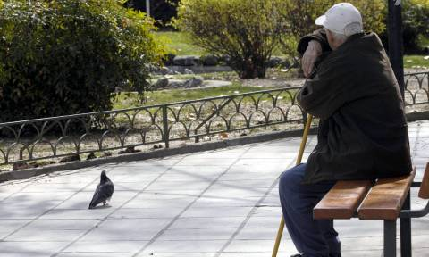 Έκτακτο βοήθημα χαμηλοσυνταξιούχων: Ποιοι το διοικούνται – Πώς θα δοθεί