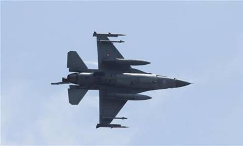 Συνετρίβη τουρκικό μαχητικό F-16