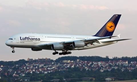 Νέα Υόρκη: Αναγκαστική προσγείωση για αεροπλάνο της Lufthansa μετά από τηλεφώνημα για βόμβα