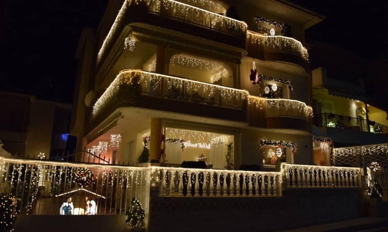 Χριστούγεννα 2016: Το πιο εντυπωσιακά στολισμένο σπίτι βρίσκεται στην Κοζάνη! (pics&vid)