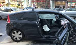 Σοβαρό τροχαίο στη Λ. Συγγρού με έξι τραυματίες