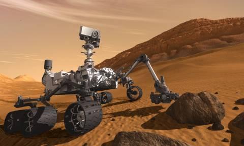Συναγερμός στη NASA: Το τρυπάνι του ρόβερ Curiosity κόλλησε στον Άρη (Vid)