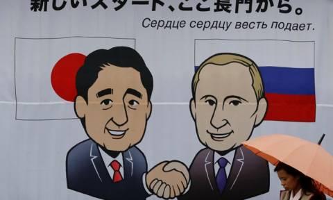 Встреча Путина и Абэ пройдет в термальном отеле на западе Японии