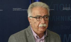 Νέα «σύννεφα» στην κυβέρνηση: Ο Γαβρόγλου «άδειασε» Ζουράρι και Παρασκευόπουλο