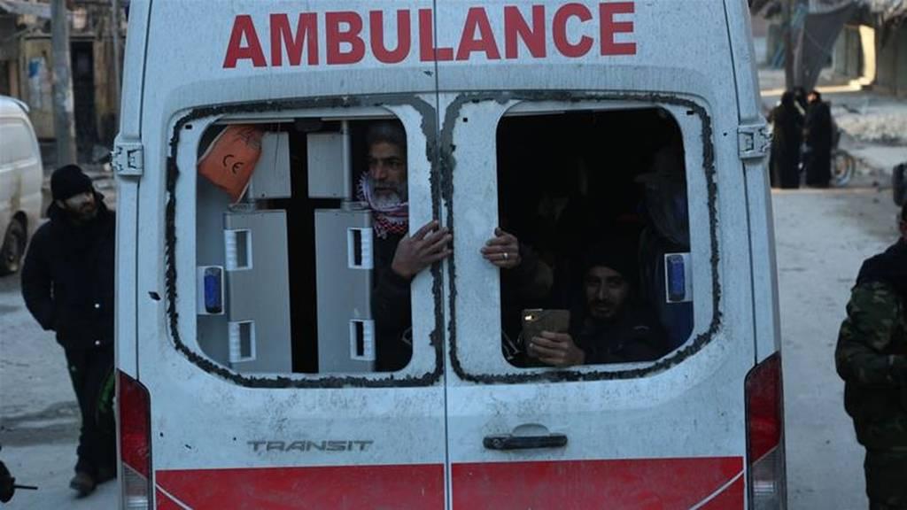 Συρία: Πυροβολισμοί κατά φάλαγγας ασθενοφόρων που εγκαταλείπει το Χαλέπι – Τουλάχιστον ένας νεκρός
