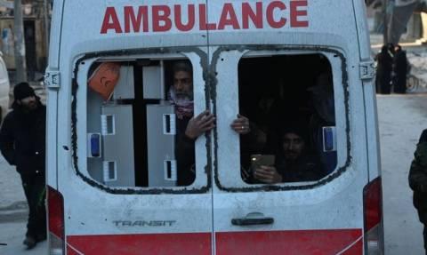 Η μεγάλη έξοδος από το Χαλέπι: Πυροβολισμοί κατά φάλαγγας ασθενοφόρων – Τουλάχιστον ένας νεκρός