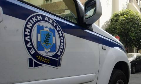 Σύλληψη 77χρονου στον Πειραιά για πλαστογραφία