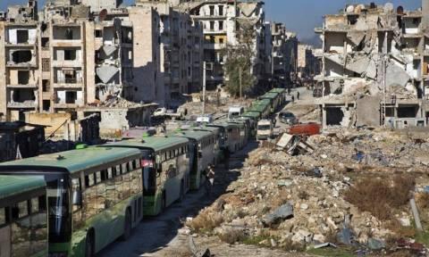 Συρία: Εκατοντάδες άνθρωποι απομακρύνθηκαν από το Χαλέπι (pics+vids)