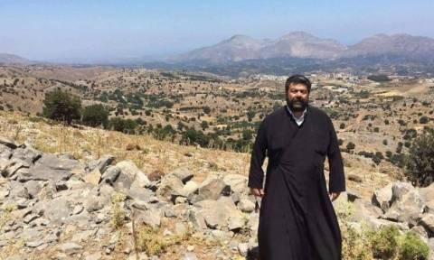 Ο παπα – Ανδρέας από την Κρήτη «γκρεμίζει» τον Ζουράρι για τα νησιά