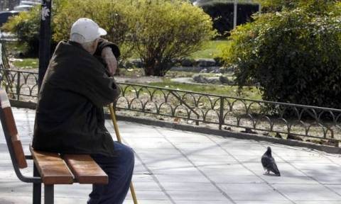 Έρχεται επέκταση του έκτακτου βοηθήματος σε περισσότερους συνταξιούχους - Ποιους αφορά