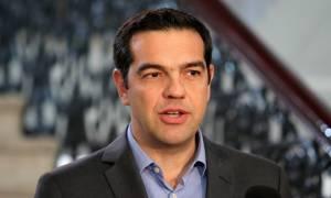 LIVE - Τσίπρας Βερολίνο: Σε θετική πορεία το ελληνικό πρόγραμμα – Ανάπτυξη 2,7% το 2017
