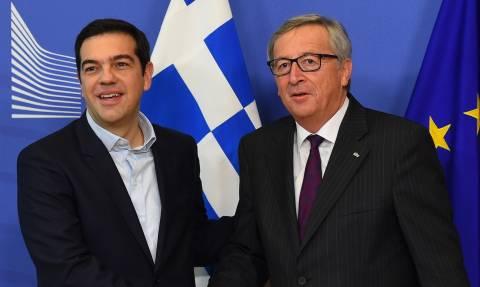 Τηλεφωνική επικοινωνία Τσίπρα - Γιούνκερ για το ελληνικό πρόγραμμα
