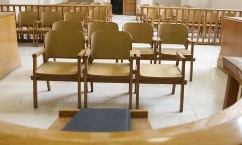 Αθώες μετά τη διαπόμπευσή τους οι οροθετικές