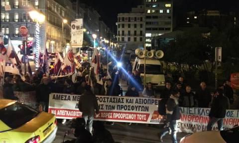 Συγκέντρωση διαμαρτυρίας του ΠΑΜΕ στην Κλαυθμώνος (pics&vid)