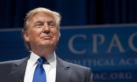 Ο Τραμπ επέλεξε οικονομικό διευθυντή για τον Λευκό Οίκο