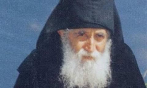Άγιος Παΐσιος: Ο Θεός αποκαλύπτεται στους λεβέντες