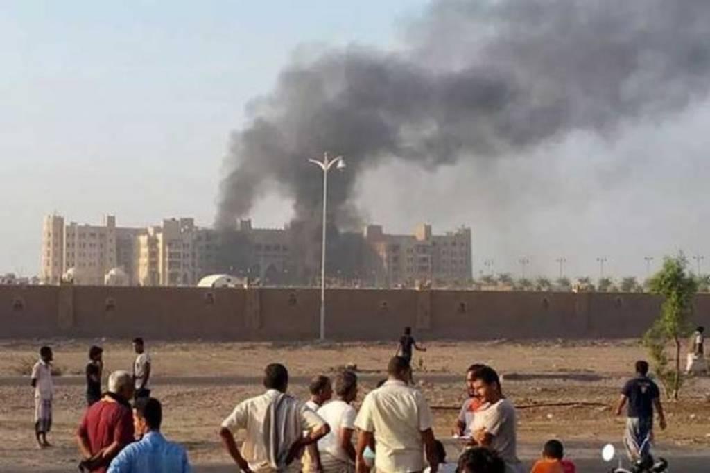 Νέο μακελειό στην Υεμένη: Τουλάχιστον 30 νεκροί από βομβιστική επίθεση (Vid)