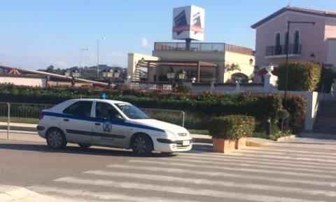 Φάρσα το τηλεφώνημα για βόμβα στο εμπορικό κέντρο στα Σπάτα