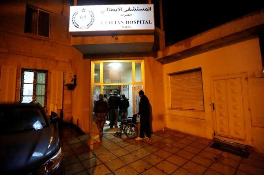 Σε κατάσταση συναγερμού η Ιορδανία: Στους δέκα οι νεκροί από τις επιθέσεις ενόπλων στο Καράκ (vids)