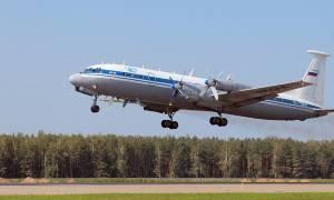 Συντριβή αεροπλάνου με 39 επιβαίνοντες στη Ρωσία - Κόπηκε στα τρία (video+photos)