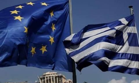 В Греции растет недоверие к Евросоюзу