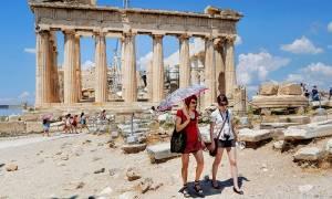 Грецию в 2016 году посетили 800 000 российских туристов