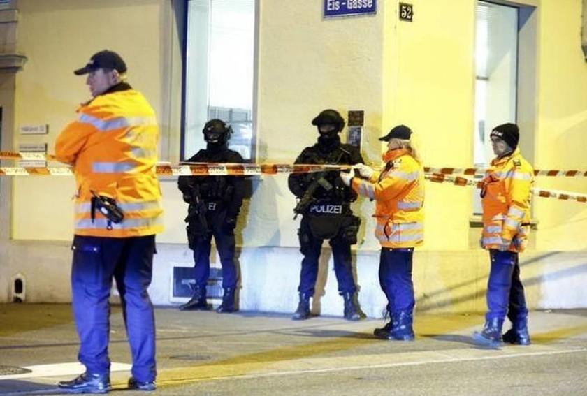 Συναγερμός στην Ελβετία: Πυροβολισμοί στο ισλαμικό κέντρο της Ζυρίχης (video+pics)