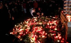 Το ΙΚ ανέλαβε την ευθύνη για το αιματοκύλισμα στο Βερολίνο - Κυκλοφορεί ελεύθερος ο μακελάρης