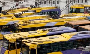 ΟΑΣΑ και ΟΣΥ καταγγέλλουν τις επιθέσεις κουκουλοφόρων και την πυρπόληση τριών τρόλεϊ