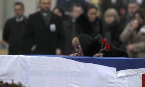 Δολοφονία Ρώσου πρέσβη: Η σορός του επιστρέφει στη Μόσχα – Τον εκτέλεσε με 9 σφαίρες (pics)