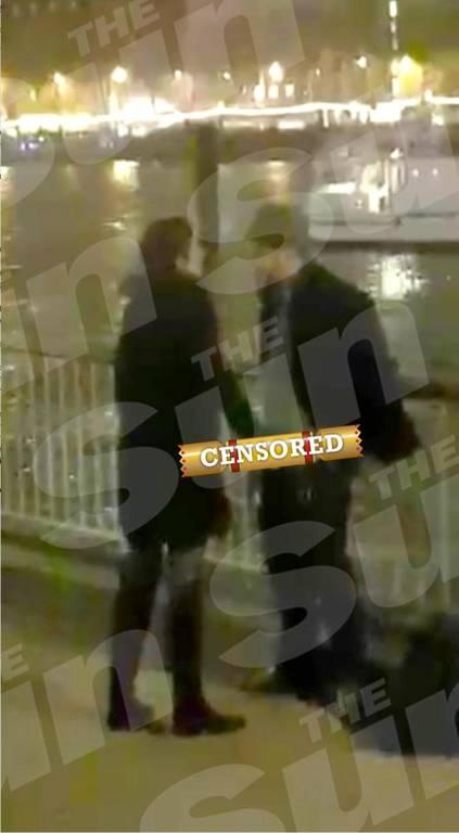 XXX βίντεο για το ρολόι
