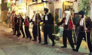 Η Μπάμπω και ο Πουρπούρης: Απίστευτα χριστουγεννιάτικα έθιμα ελληνικής περιοχής!