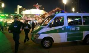 Τρομοκρατική επίθεση Βερολίνο: Έφοδοι σε δύο διαμερίσματα για τον εντοπισμό του υπόπτου